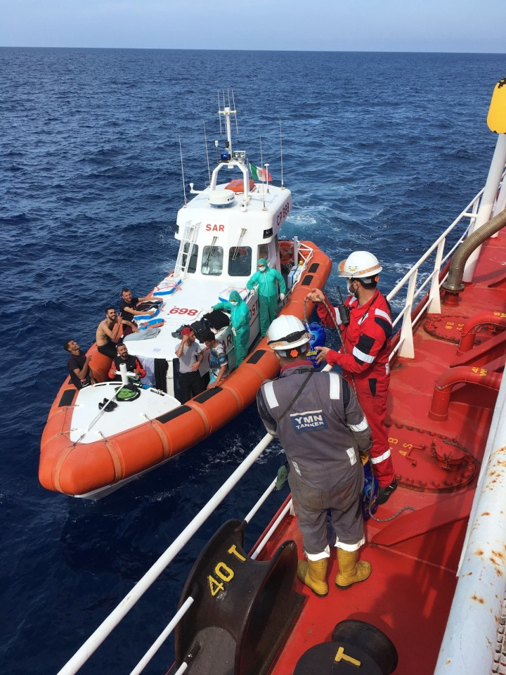 M/T Med Baltic from YMN Tanker's Fleet Rescued 13 People off the Coast of Italy